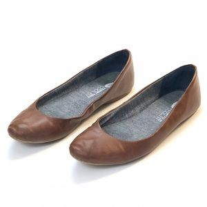 Dr. Scholl's Brown Leather Round Toe Flats